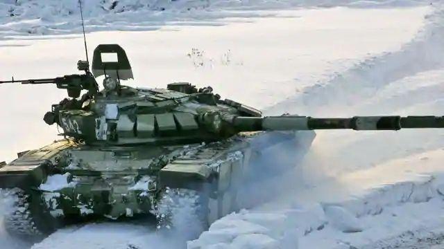 चीन की धोखेबाजी को मिलेगा मुंहतोड़ जवाब, गलवान घाटी में भारत ने तैनात किए T-90 टैंक